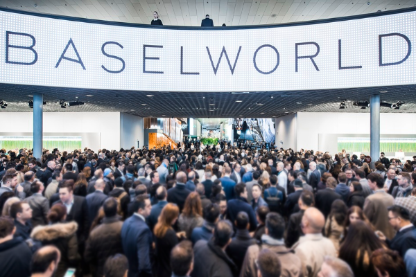 [Translate to English:] Avec l'aimable autorisation de Baselworld